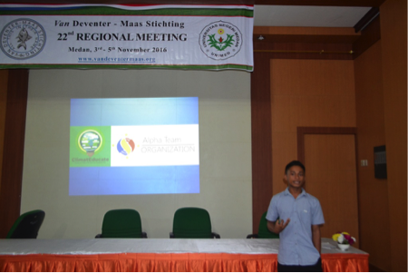 Sharing session –  Aqul was sharing about his activity in enviromental care and his effort to join the climate education conference in Philipina.