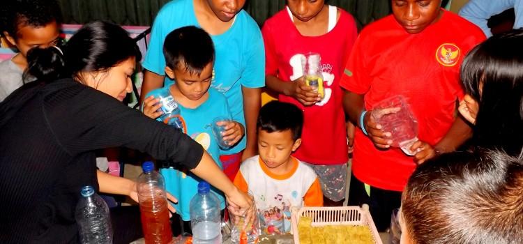 "RR Yogyakarta – ""Program Mengajar"", Recycling & Hydroponic"