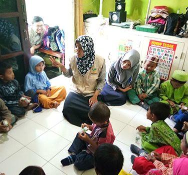 """RR Surabaya – Kebersamaan dengan """"Laskar Pelangi"""" TK/RA Qurrota A'yun"""