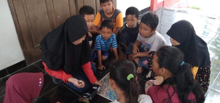 RR Semarang : Pengajaran Rutin bersama Komunitas Satoe Atap