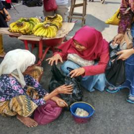 RR Padang :Berbagi Kasih Bagi Sesama