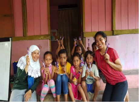 RR Kupang: Volunteering Activities at the Mangrove Oesapa Public Library