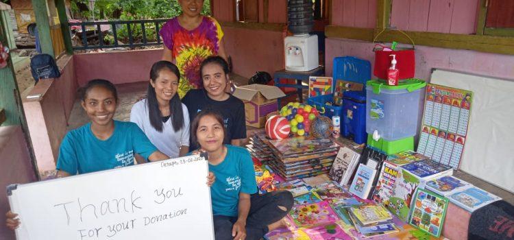 RR Kupang: VDMI Family Donation and Activity at Mangrove Oesapa Open Library