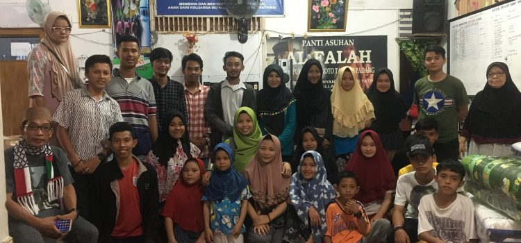 RR Padang: Helping the Fire Victim at Al Falah Orphanage